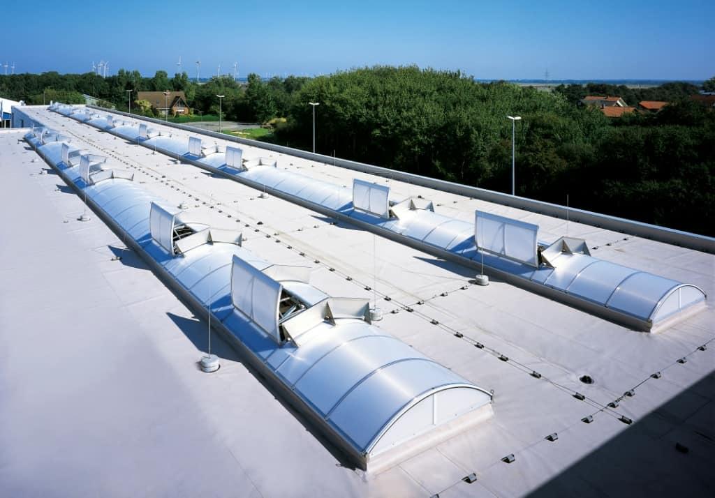 La norma UNE 23585 de diseño y cálculo de sistemas de control y evacuación de humos (SCTEH)